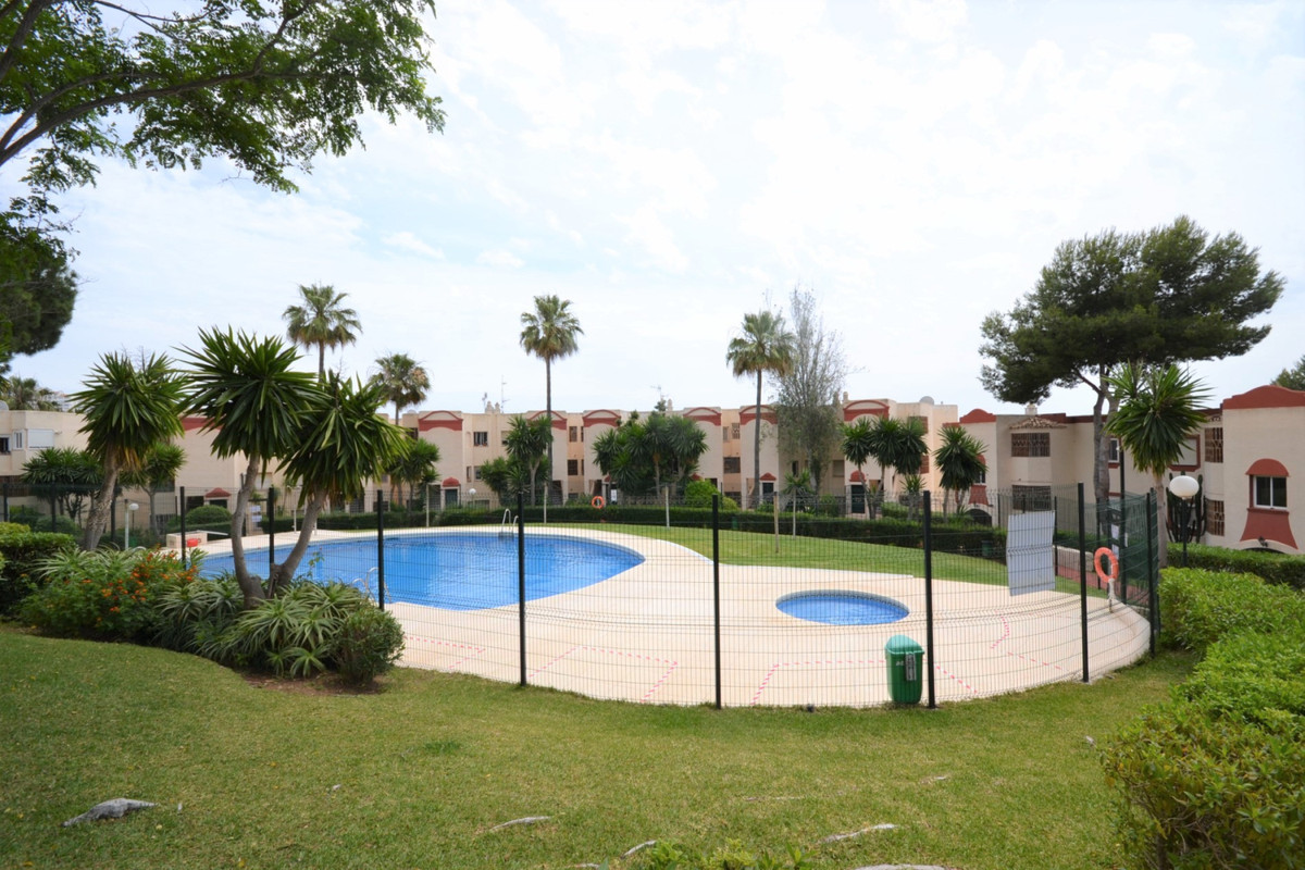 Apartment Middle Floor Riviera del Sol Málaga Costa del Sol R3858889