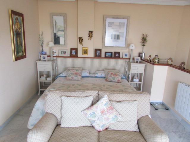 Villa con 4 Dormitorios en Venta Bahía de Marbella