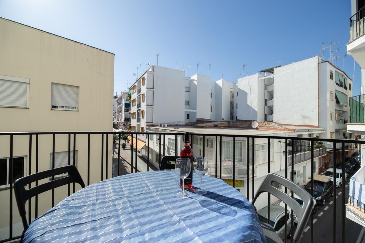 Apartamento Planta Media 2 Dormitorio(s) en Venta San Pedro de Alcántara