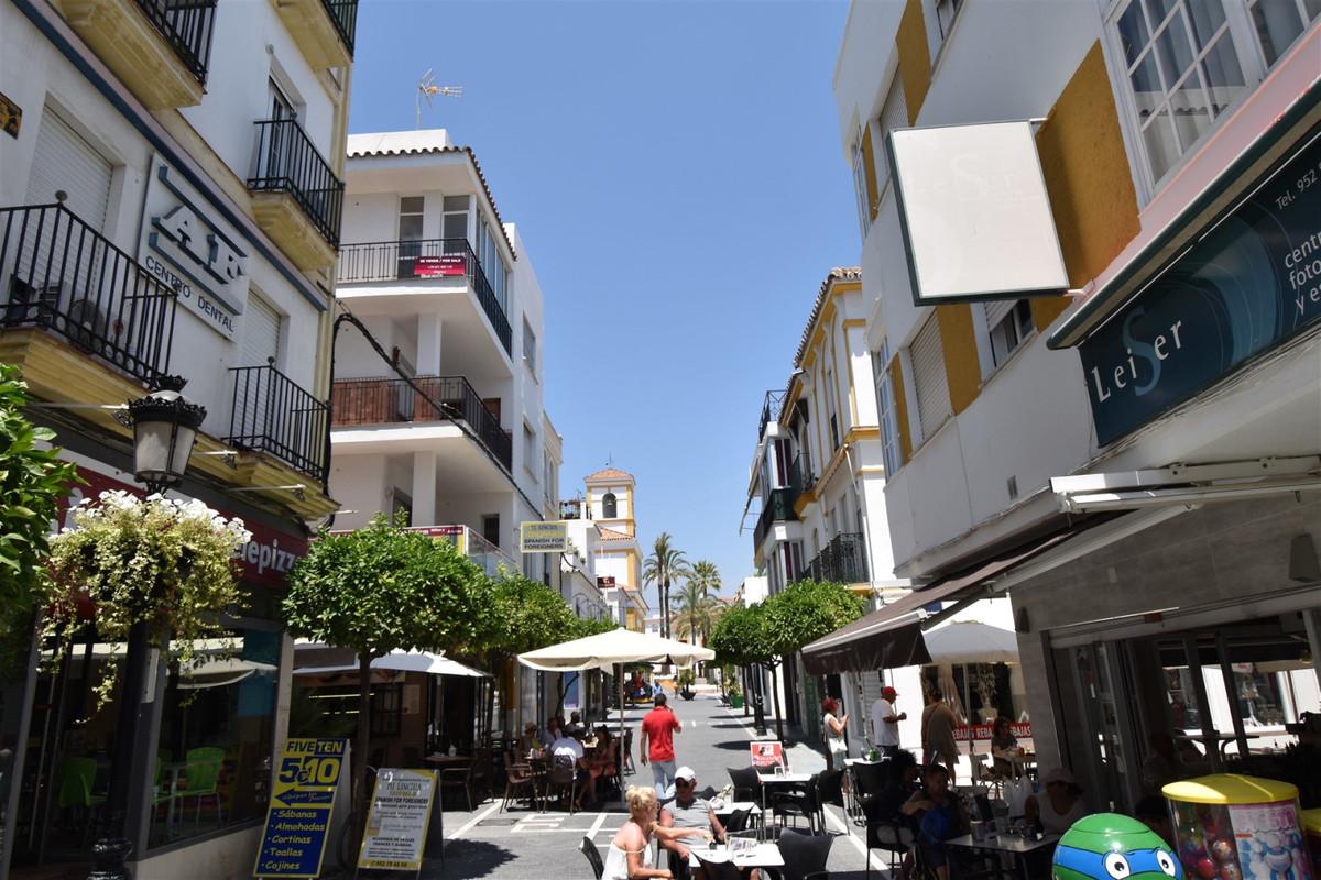 Apartamento con 5 Dormitorios en Venta San Pedro de Alcántara