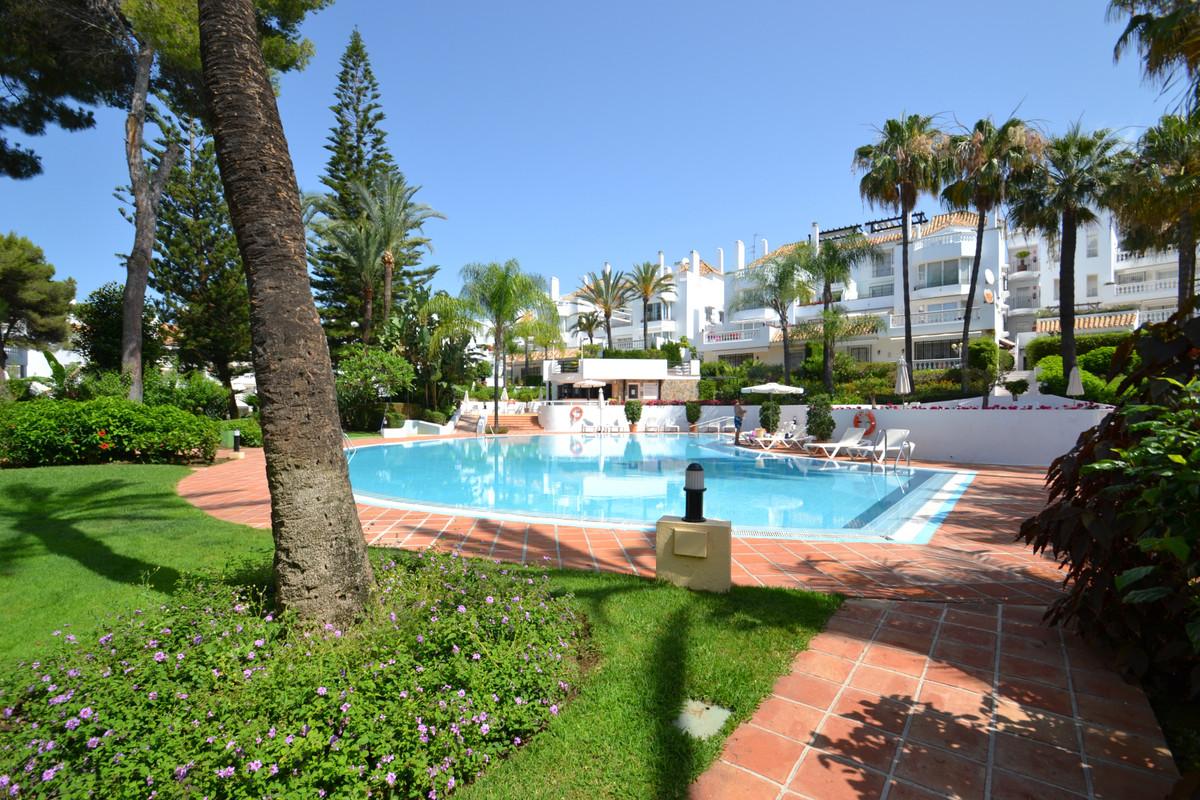 Ground Floor Apartment, Elviria, Costa del Sol. 2 Bedrooms, 2 Bathrooms, Built 100 m², Terrace 12 m²,Spain