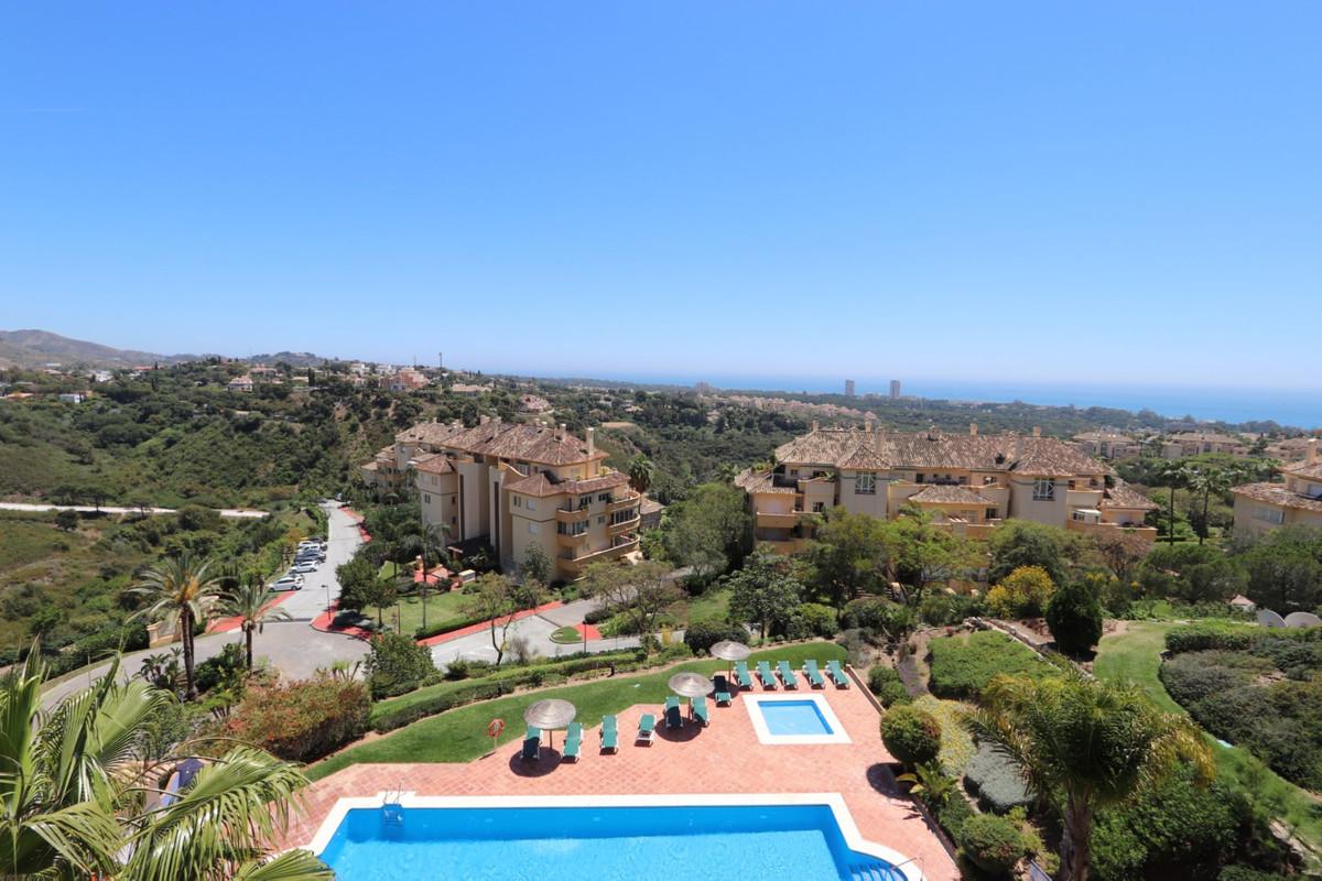 Apartment for sale in Elviria - Marbella East Apartment - TMRO-R3420574