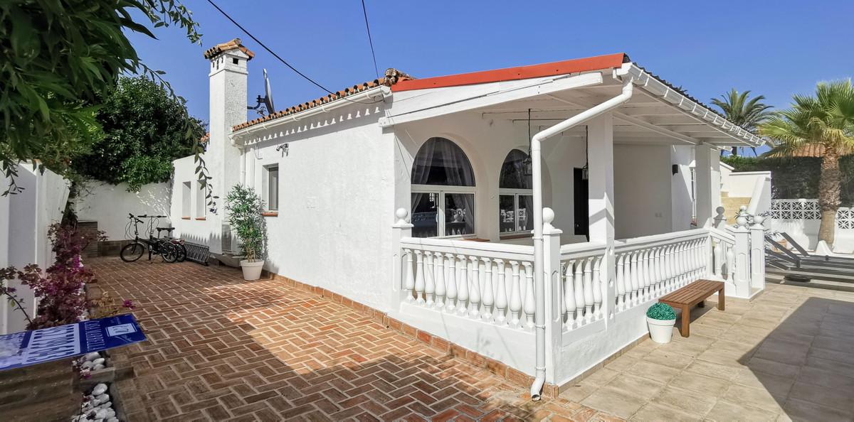 Villa Til salg i Marbesa R3661283