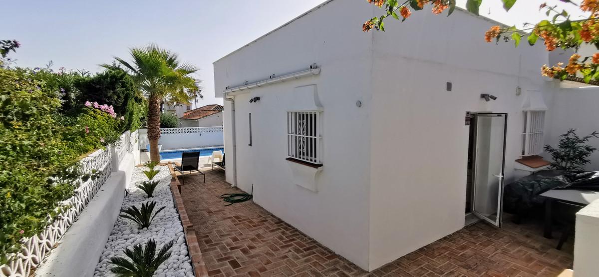 4 Bedroom Detached Villa For Sale Marbesa