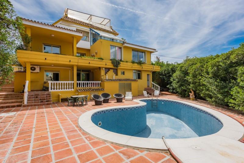 9 bedroom villa for sale el rosario
