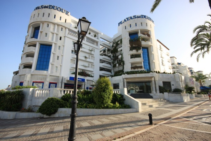 Fantastic 3 bedroom apartment on the 1st floor in a high luxury building in a beachfront developmentSpain