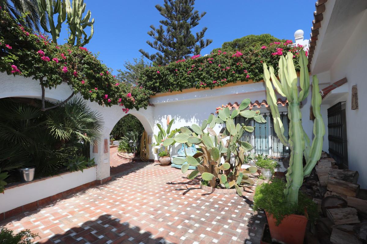House in Atalaya R3500284 23