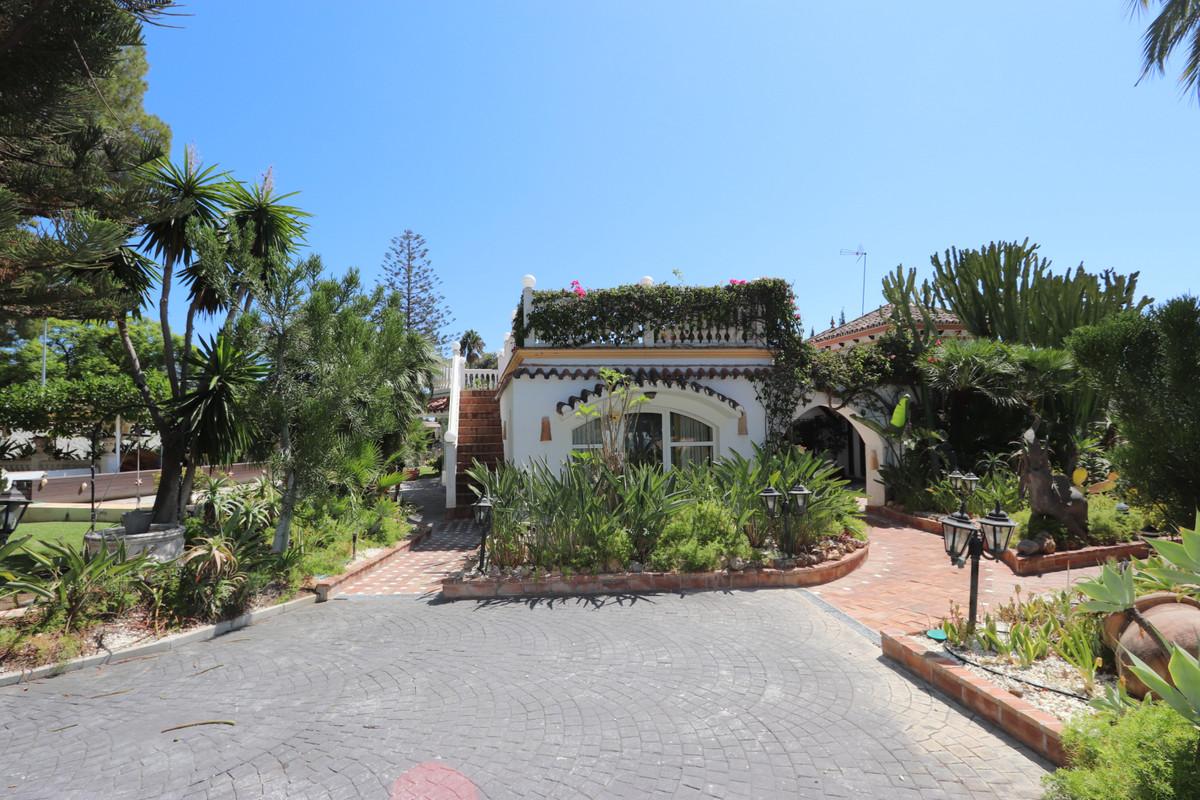 House in Atalaya R3500284 24
