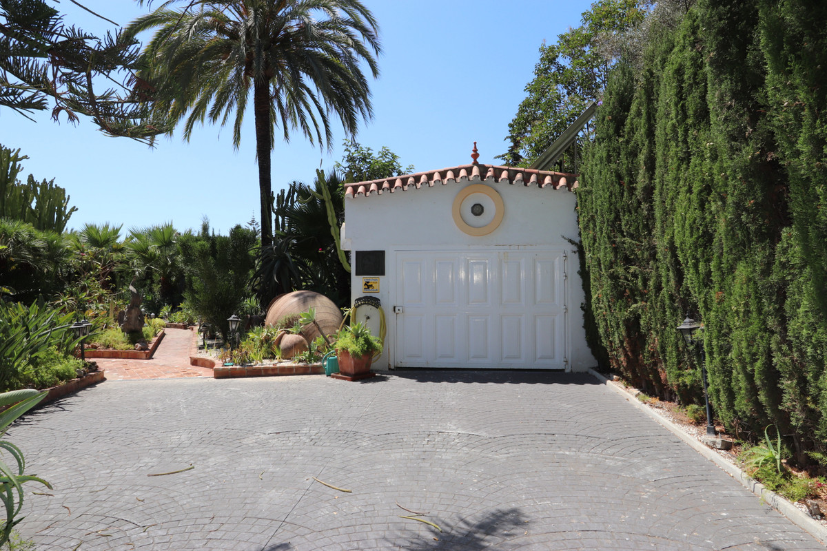 House in Atalaya R3500284 25