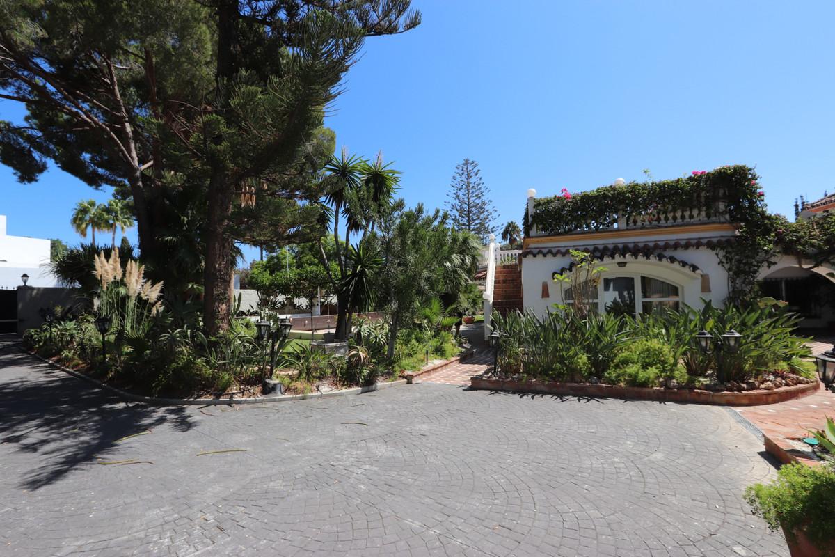 House in Atalaya R3500284 26