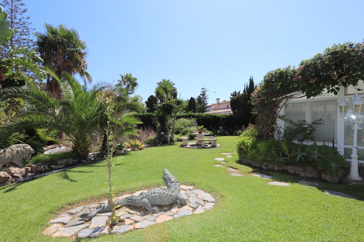 House in Atalaya R3500284 9