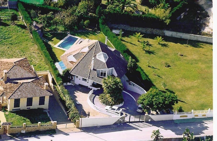 House in Bel Air R711301 2