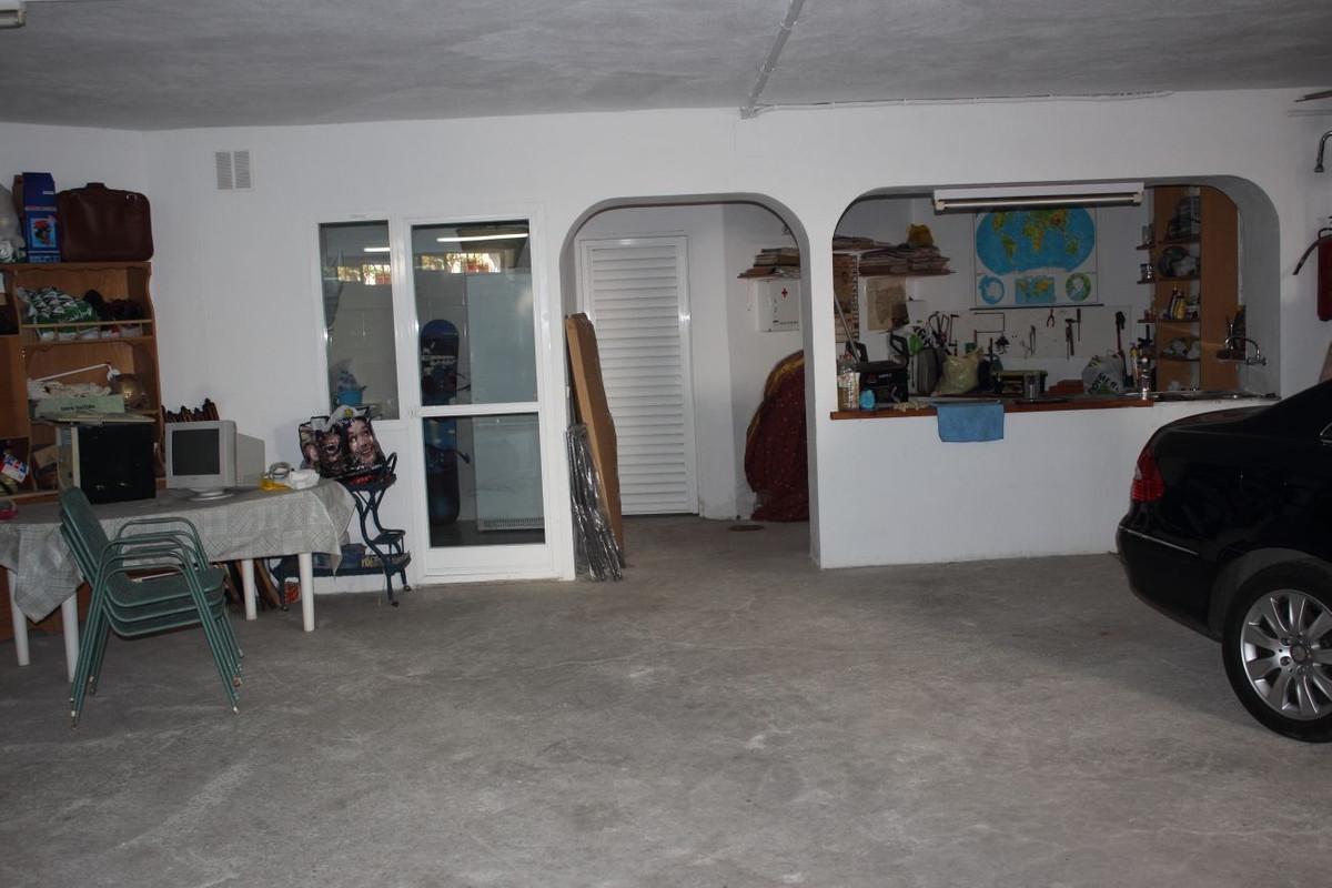 House in Bel Air R711301 21