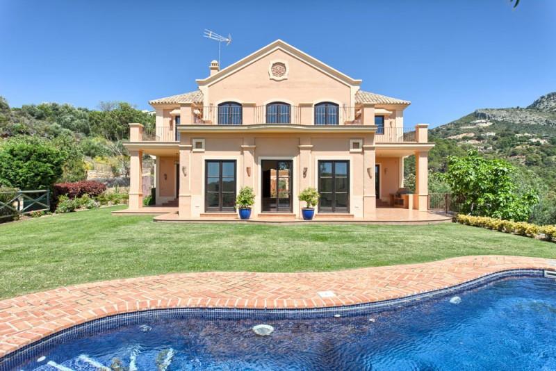 Freistehende Villa in Benahavís R2274863