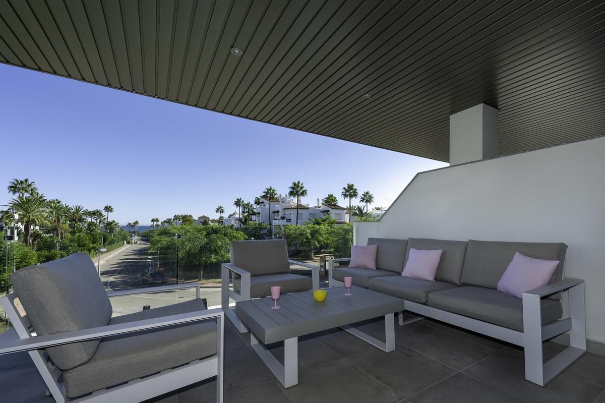 Brand-new modern beach side apartment with sea views for sale, short walk to the beach, Costalita, N,Spain