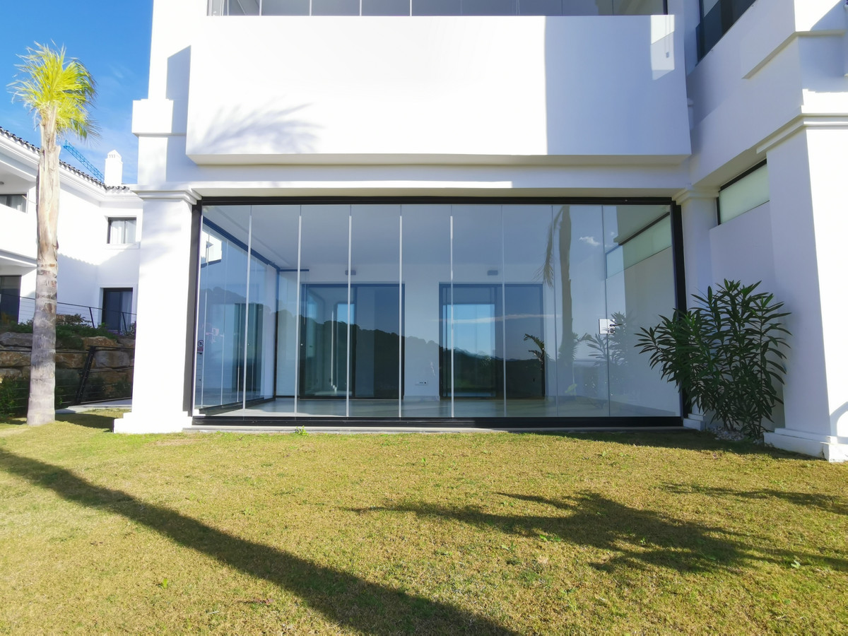We suggest this apartment, in the Mirador de Estepona Hills Condominium, two bedrooms, one en suite,,Spain
