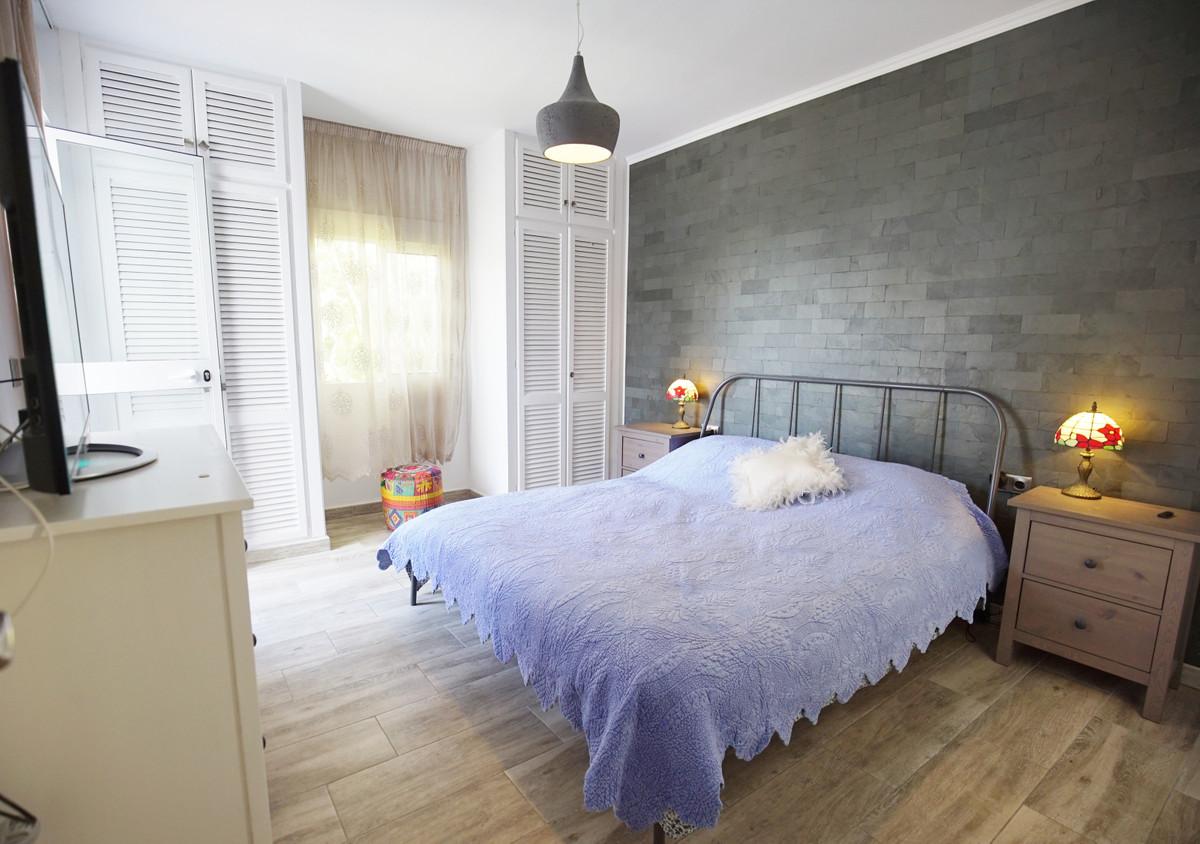 Villa con 5 Dormitorios en Venta Atalaya