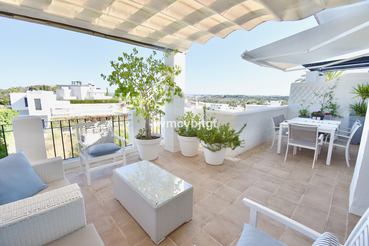Penthouse for sale in Nueva Andalucía R3912394