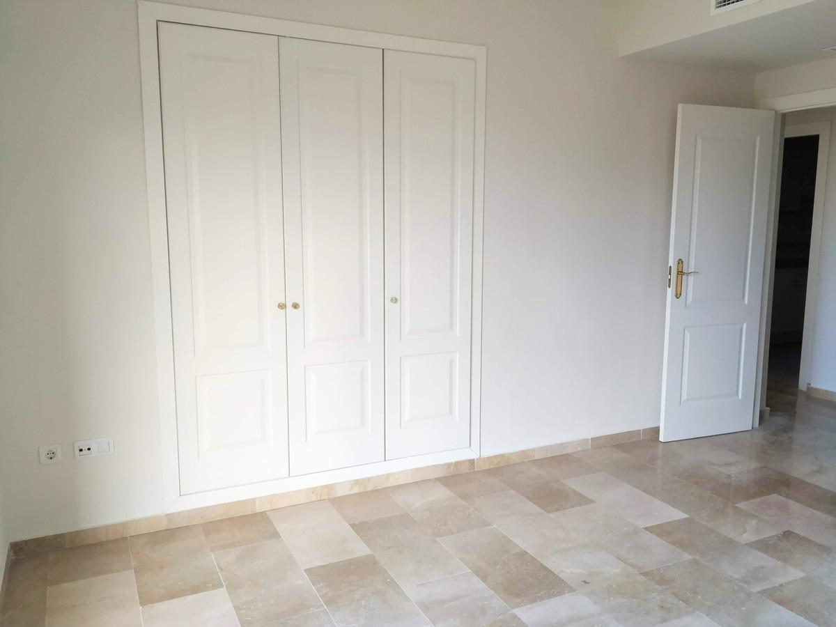 Appartement te koop in Calahonda R3552250