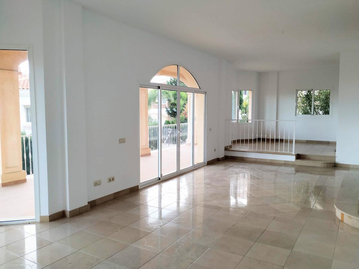 Villa Detached Riviera del Sol Málaga Costa del Sol R3448297