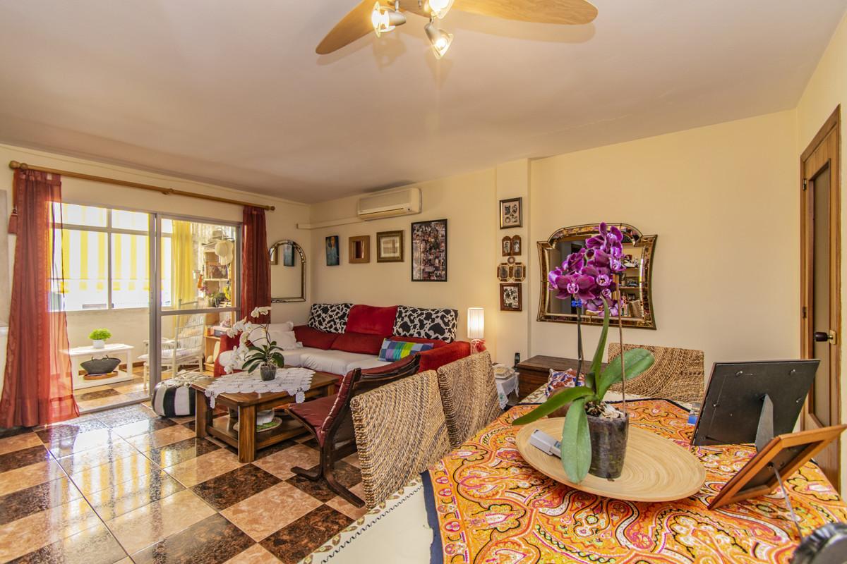 Apartment Middle Floor Marbella Málaga Costa del Sol R3674099 2