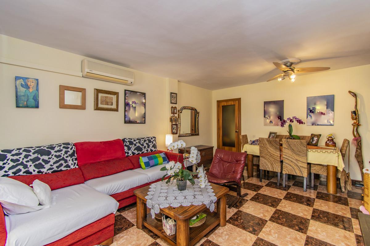 Apartment Middle Floor Marbella Málaga Costa del Sol R3674099 3