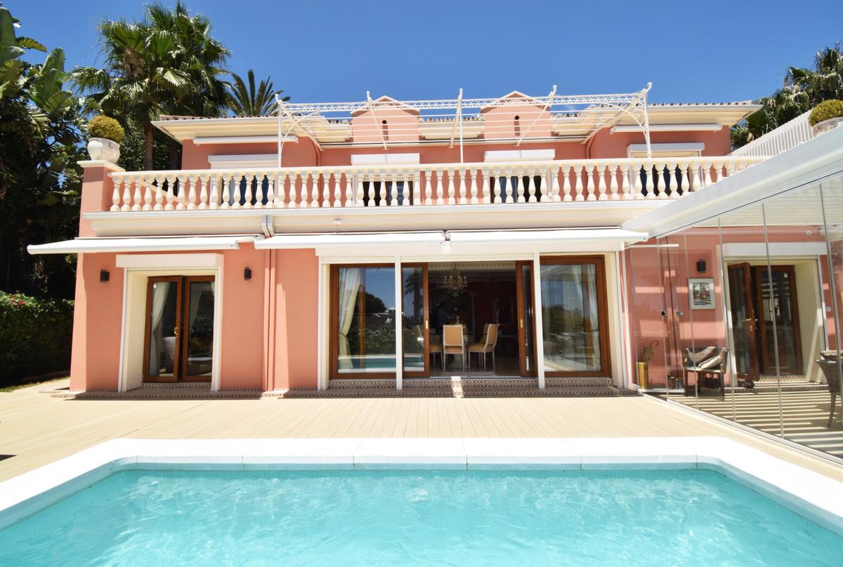 House for sale in Nagüeles