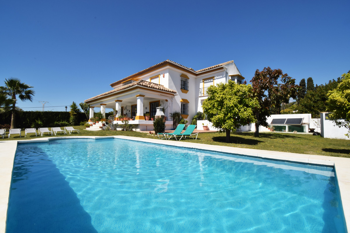 Villa en vente à Guadalmina Alta R3393796