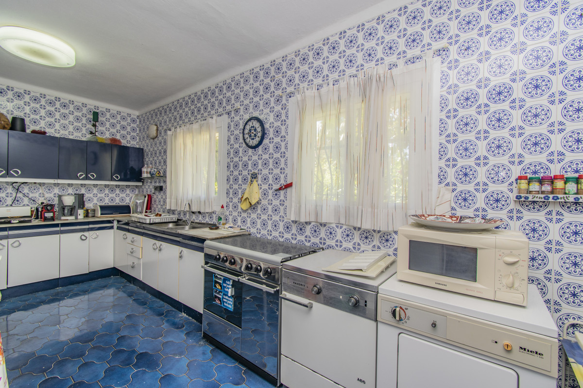 House in Atalaya R3178837 13