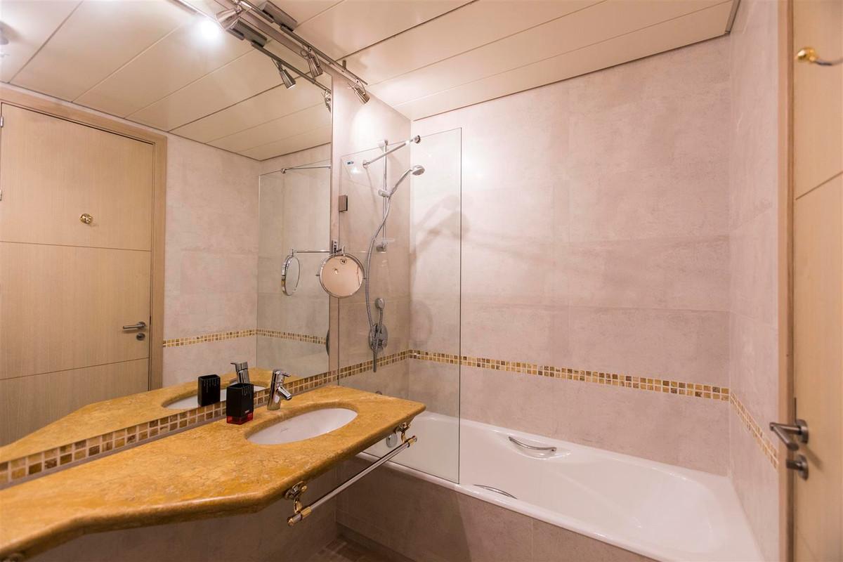 Apartamento con 2 Dormitorios en Venta Sotogrande Marina