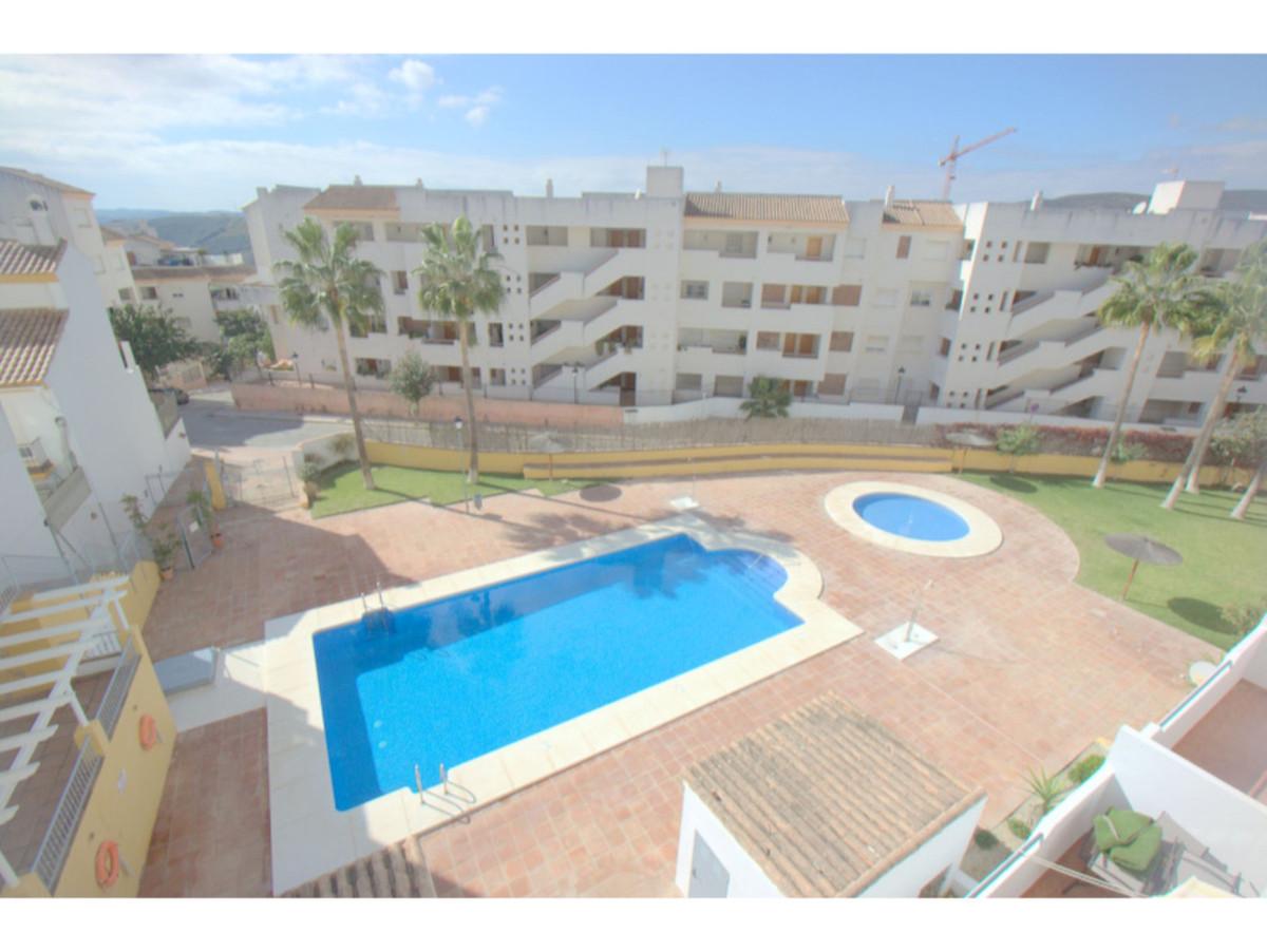 3 Bedroom Middle Floor Apartment For Sale Manilva, Costa del Sol - HP3740893