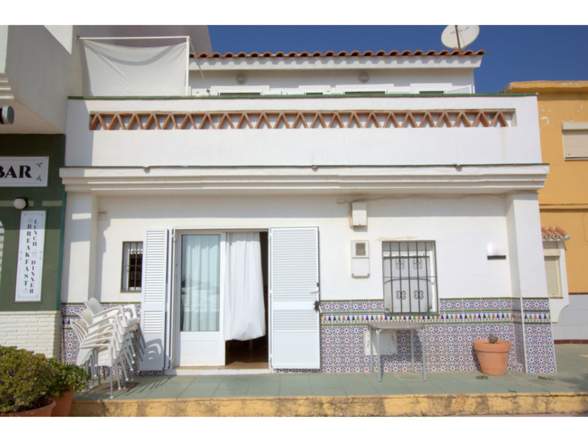 Townhouse  Terraced for sale   in San Luis de Sabinillas