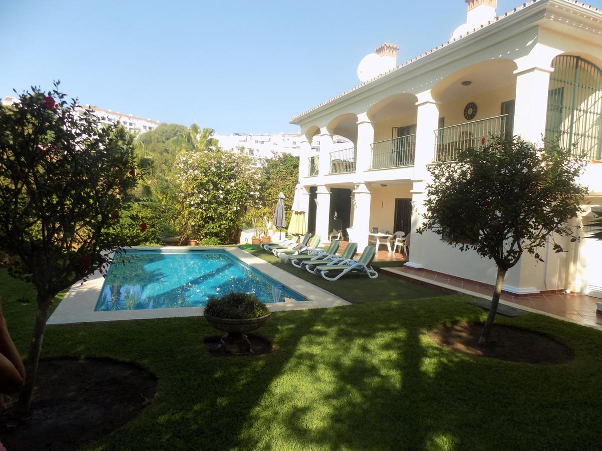 In the middle of the Costa del Sol, La Cala de Mijas is located in the coastal area of ??the municipSpain