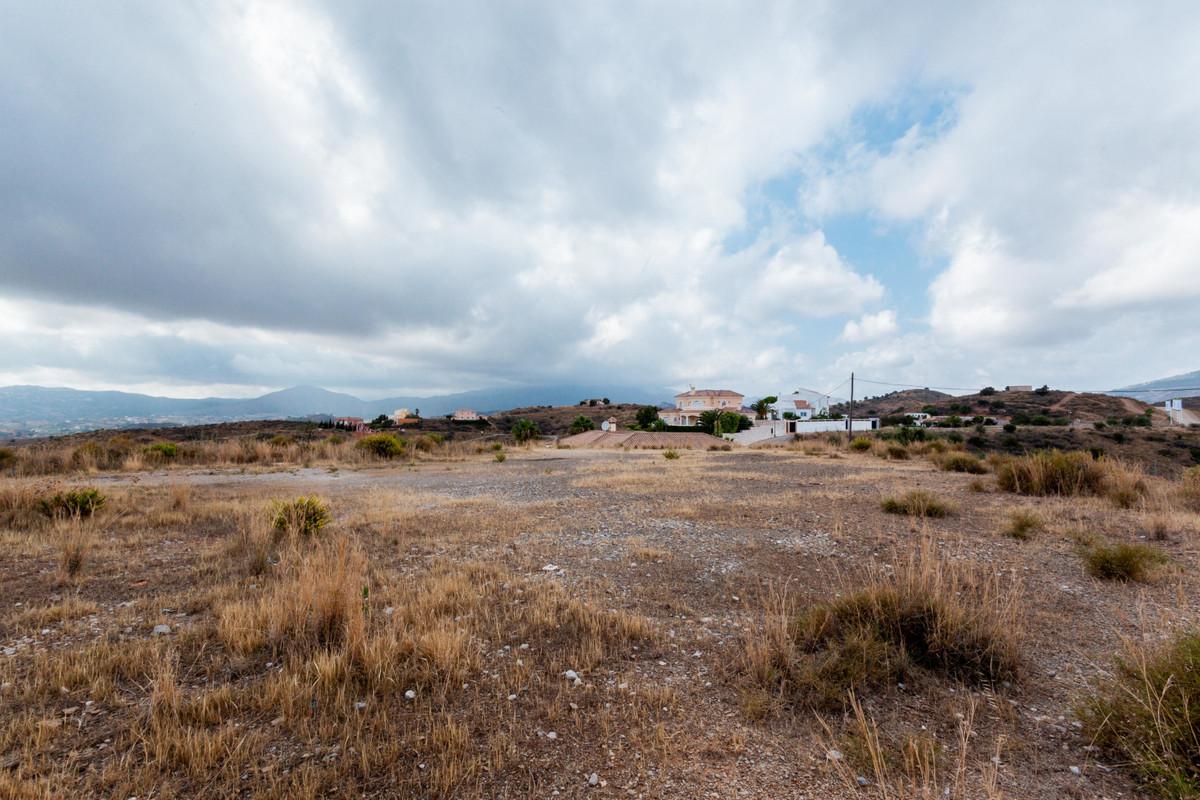 Residential Plot for sale in Mijas Golf