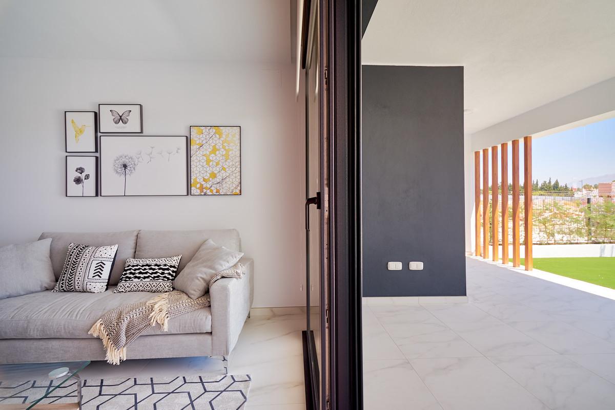 Apartment in Estepona R3468070 12