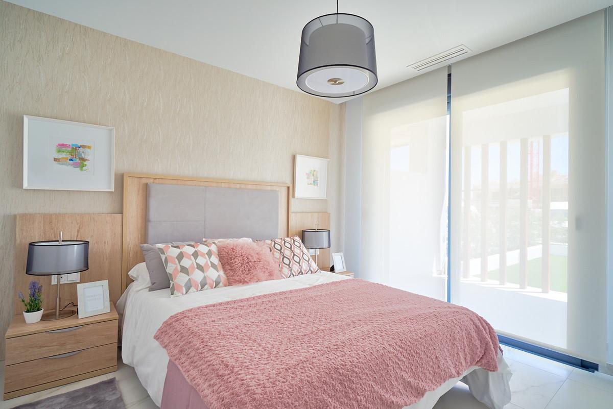 Apartment in Estepona R3468070 14