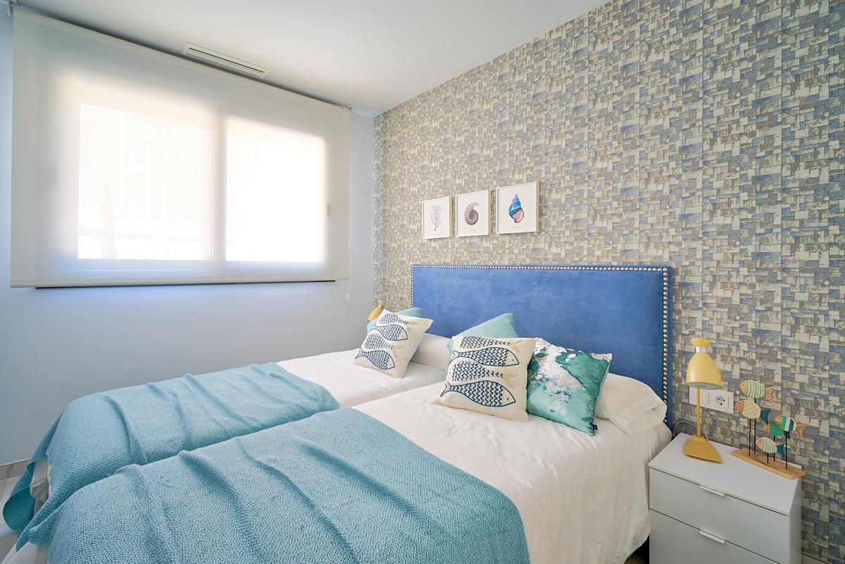 Apartment in Estepona R3468070 15