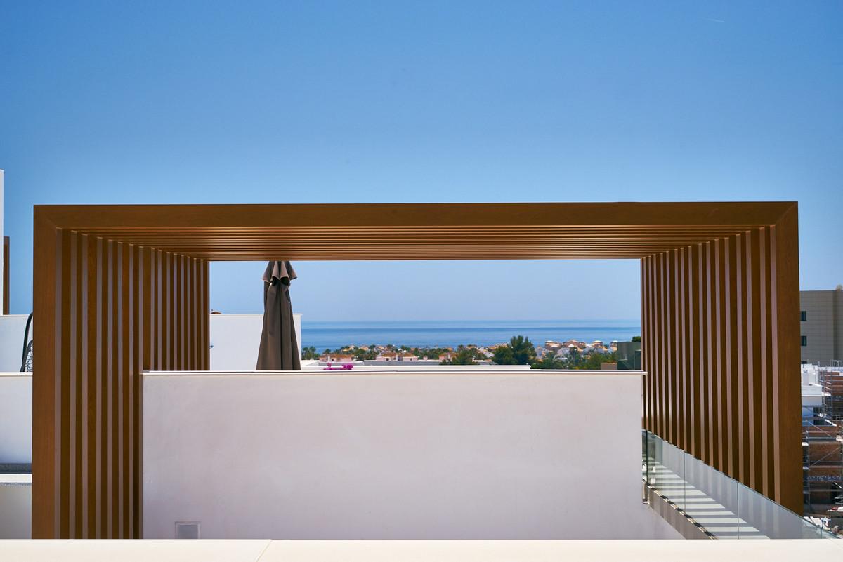 Apartment in Estepona R3468070 8