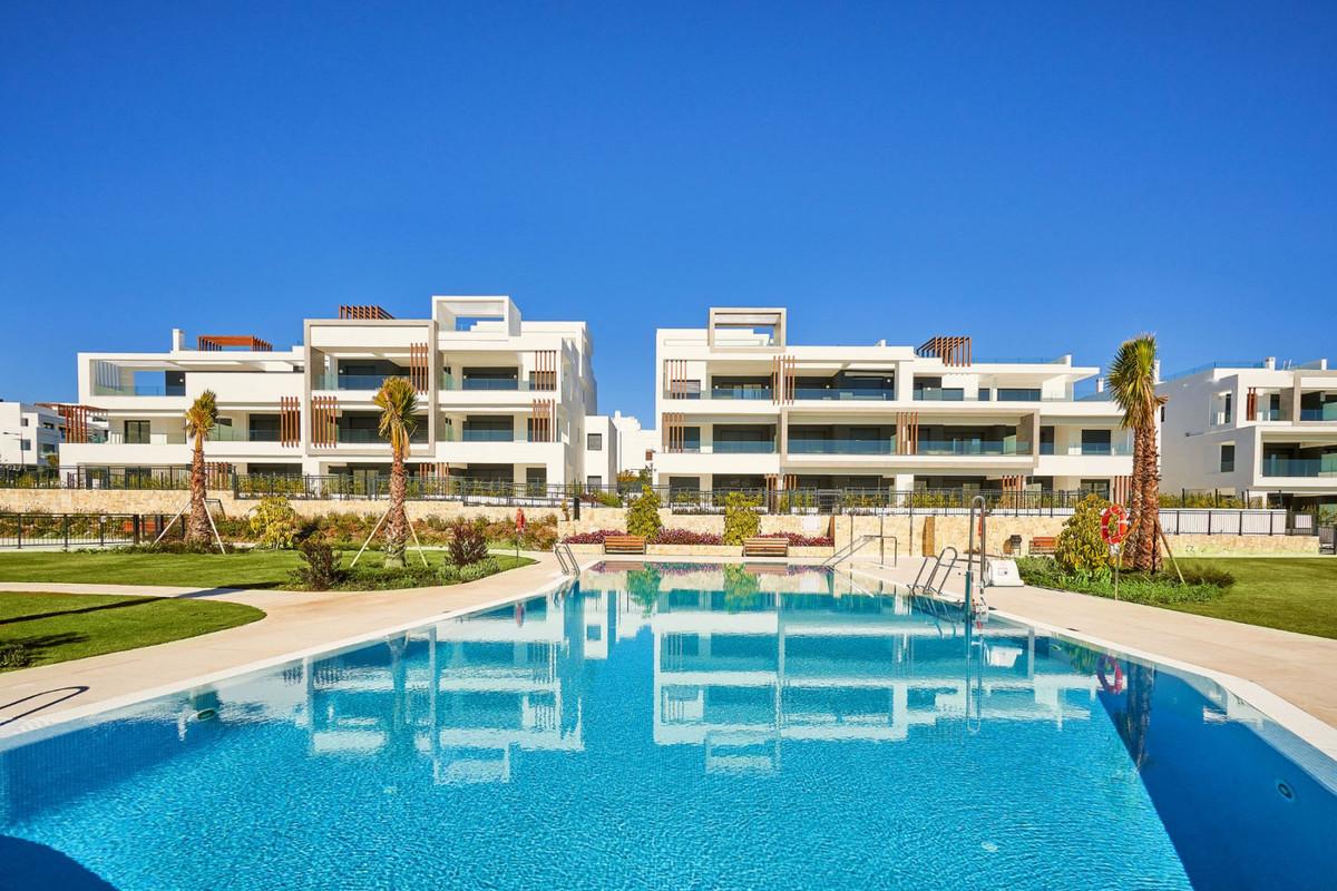 Apartments in Estepona R3468646