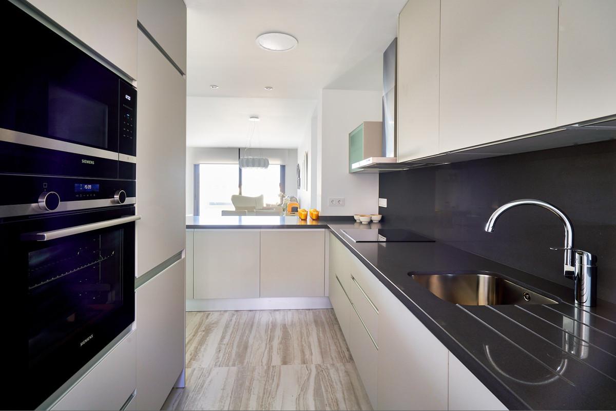 Apartment en Estepona R3468646 17