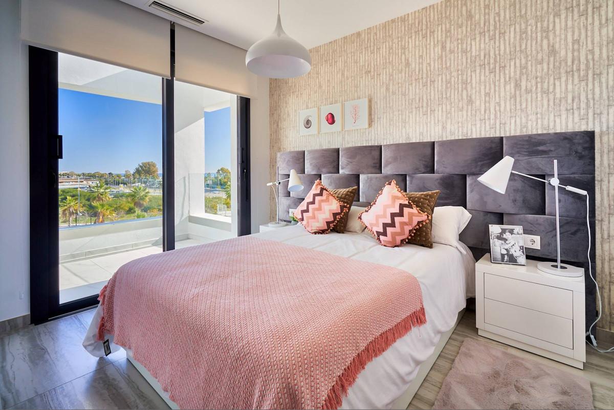 Apartment en Estepona R3468646 18