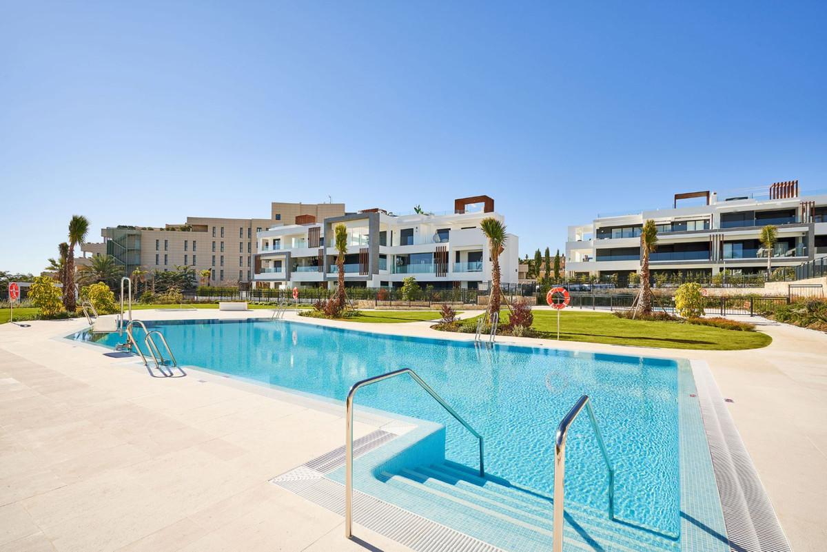 Apartment en Estepona R3468646 3