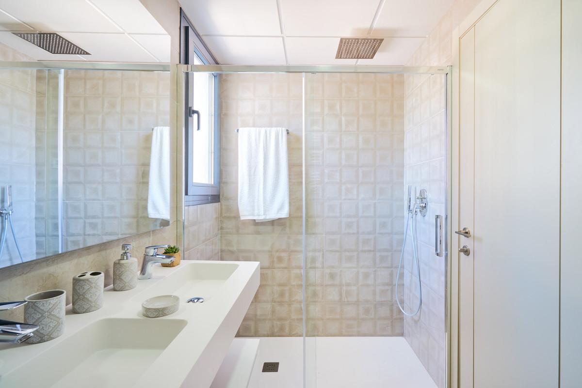 Apartment en Estepona R3468646 32