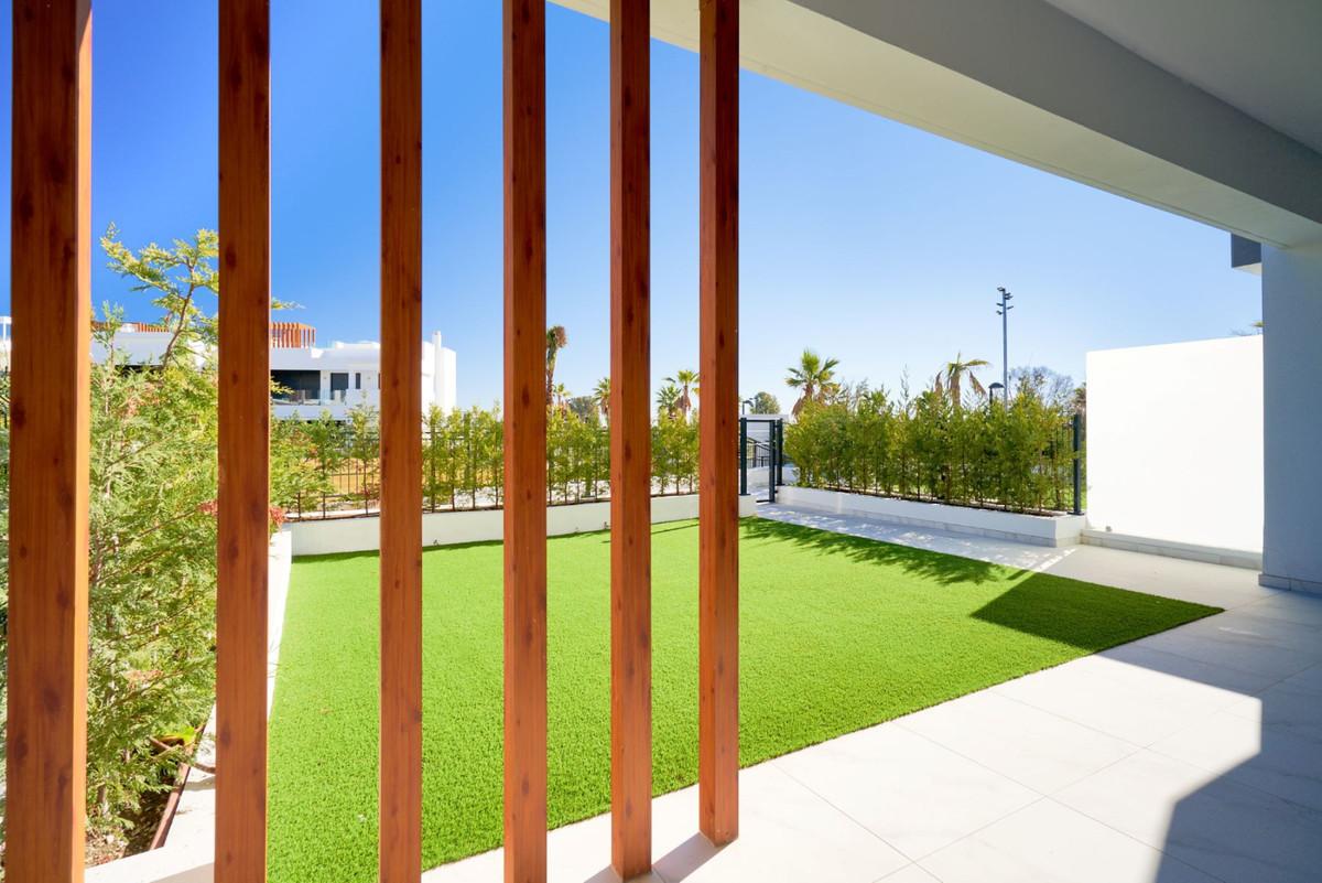 Apartment en Estepona R3468646 36