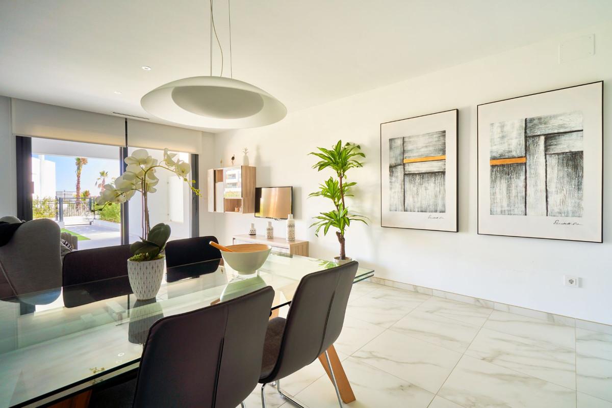 Apartment en Estepona R3468646 38