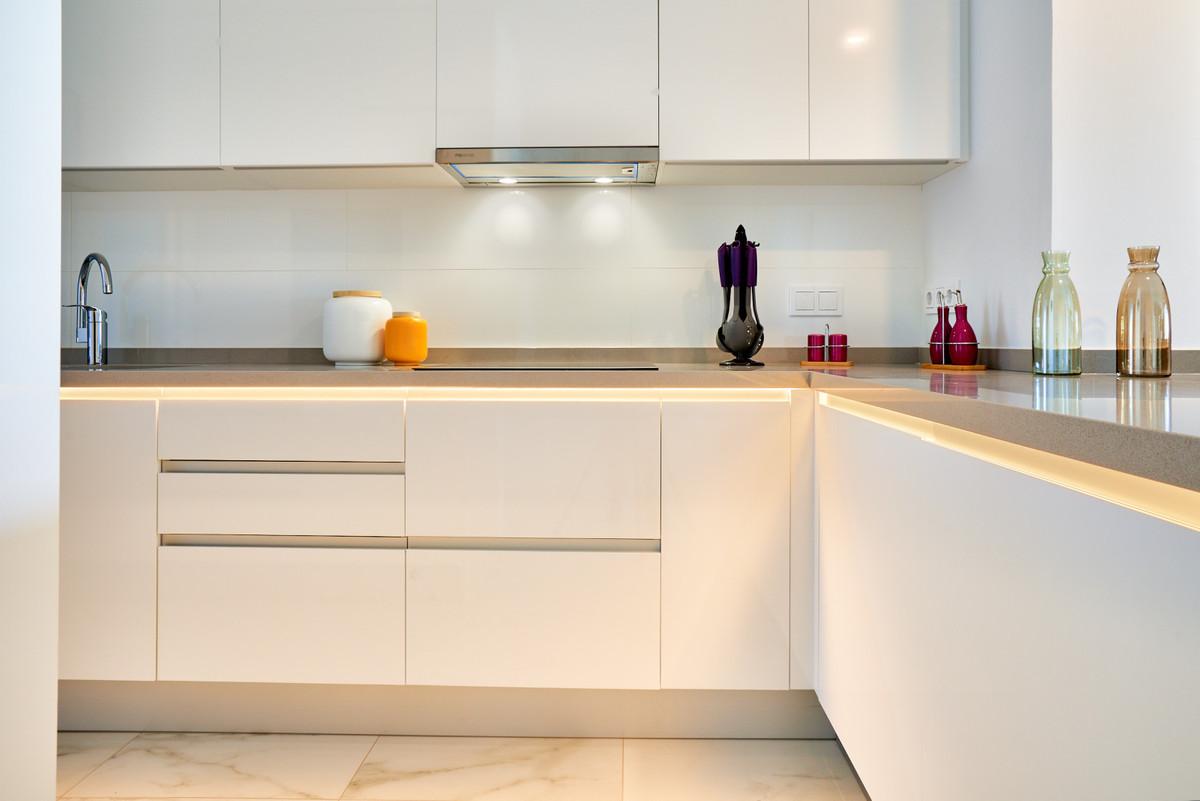 Apartment en Estepona R3468646 40