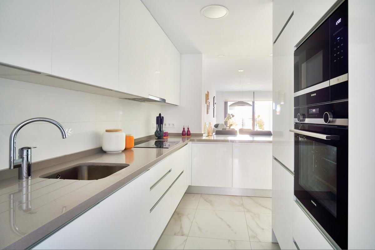 Apartment en Estepona R3468646 41