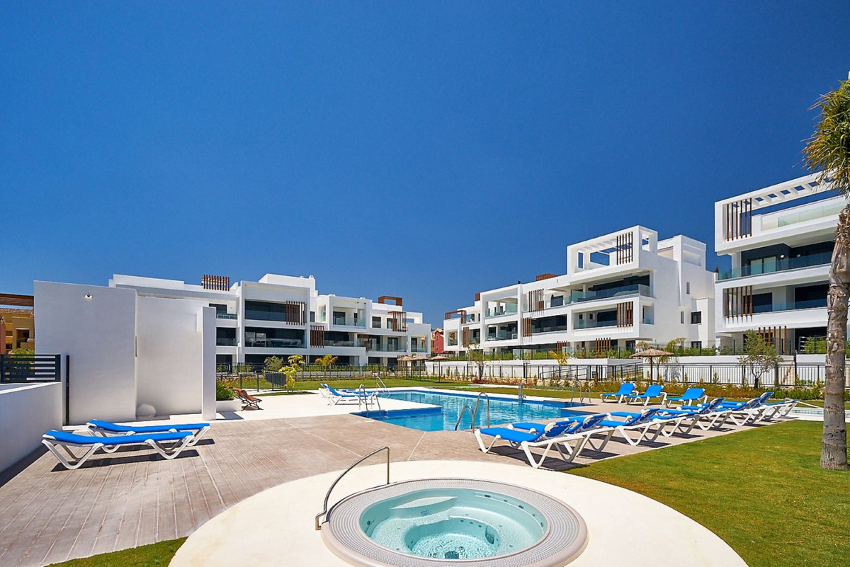 Apartment en Estepona R3468646 8