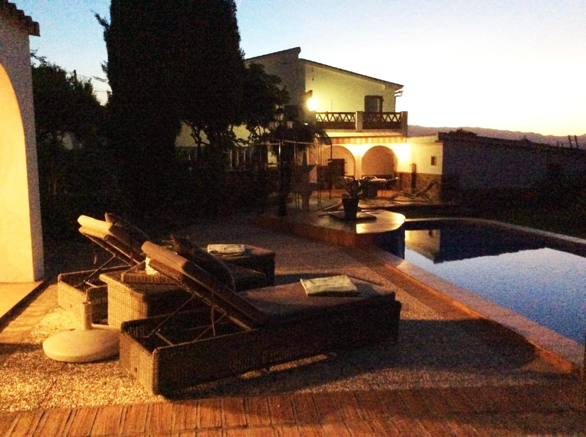 House in Alhaurín el Grande R3719387 1