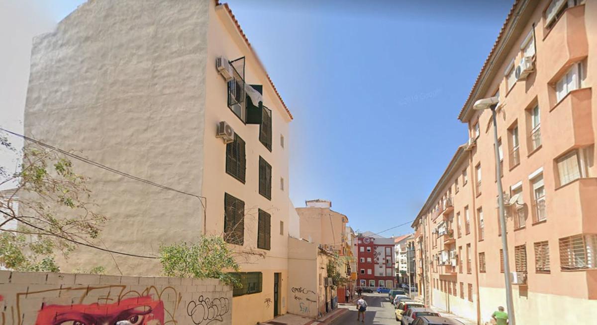 Planta Media en Venta en Málaga